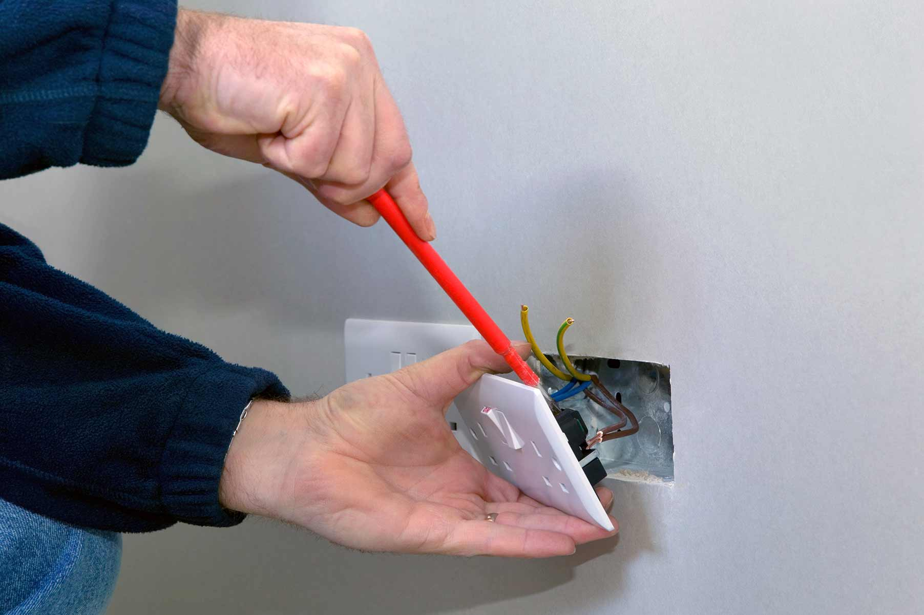 Our electricians can install plug sockets for domestic and commercial proeprties in Greenhill and the local area.